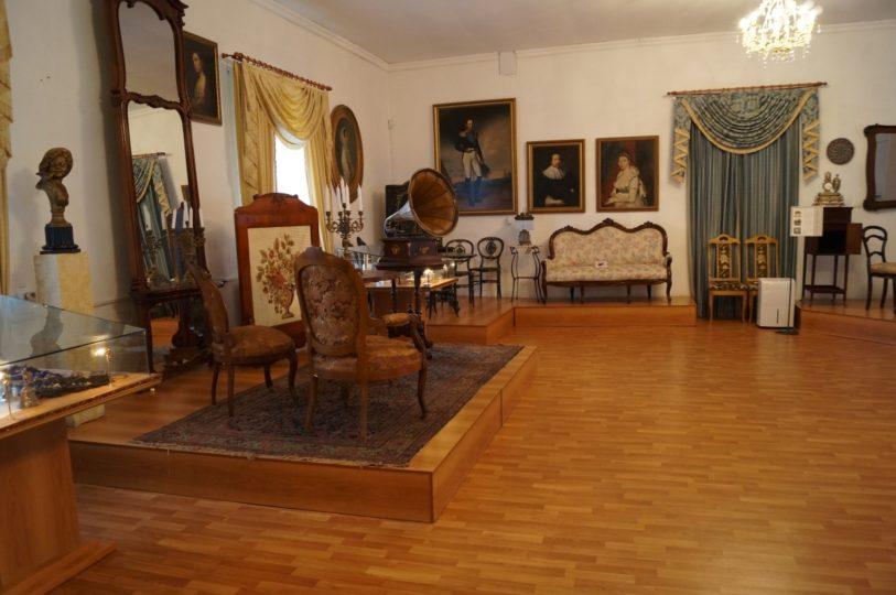 изображение купеческий дом внутри